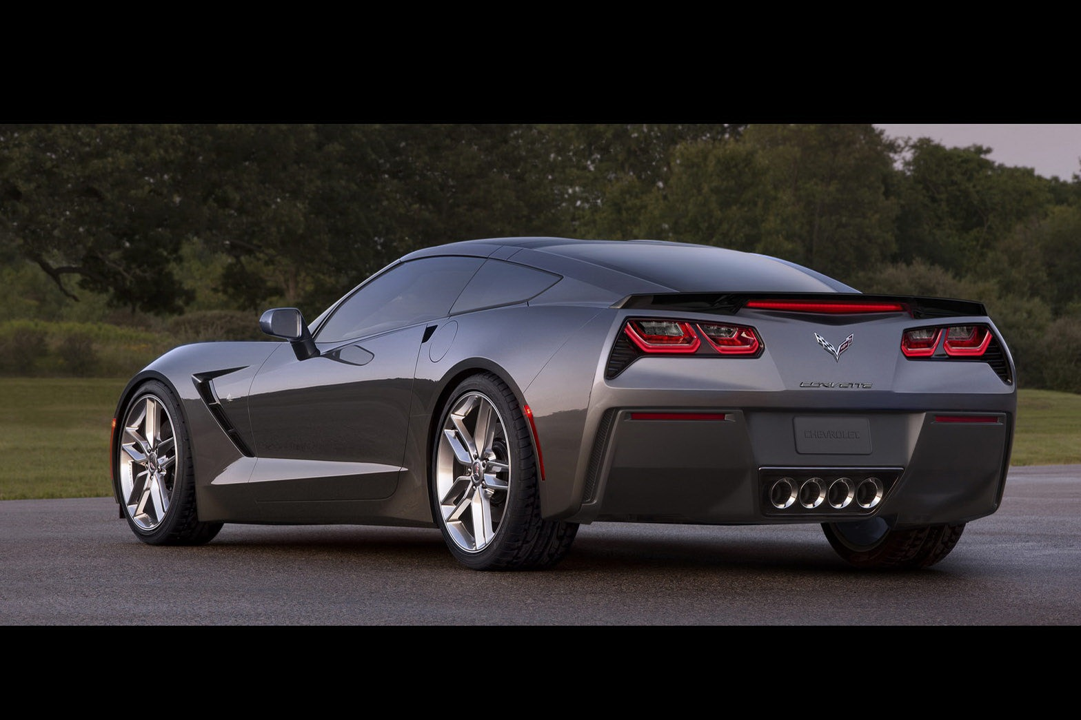 corvette c7 stingray la performance alli e au design. Black Bedroom Furniture Sets. Home Design Ideas